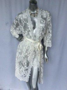 Style 8322 Lace Robe/Kimono
